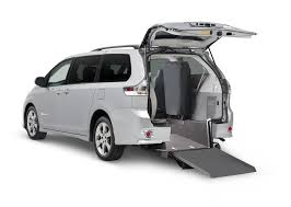 toyota sienna rear entry wheelchair van drive master mobility