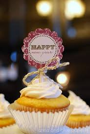 New Years Cupcake Decorations by New Year U0027s Eve Cupcakes