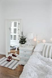 How To Hang Christmas Lights In Room by Christmas Lights In Bedroom U2013 How And Where To Install Them