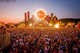 nielsen looks at who is headed to festivals this summer amplify