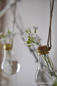 what to do with old light bulbs how to make a light bulb flower vase