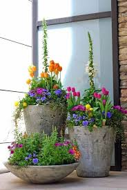 Spring Decorating Ideas For Your Front Door 29 Pretty Front Door Flower Pots That Will Add Personality To Your
