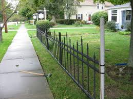 halloween cemetery fence 15 steps