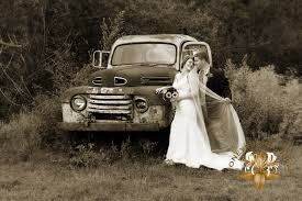 a country style wedding smoky mountain wedding photography at