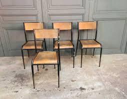 chaise mullca ensemble 16 chaises d école pied fuseau