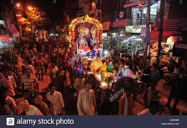 hindu l allahabad india 03rd oct 2016 indian artists dressed as hindu