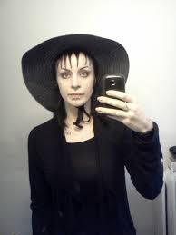 lydia deetz costume i dressed as lydia deetz beetlejuice for last imgur