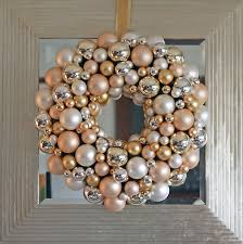 silver and gold wreath to do diy