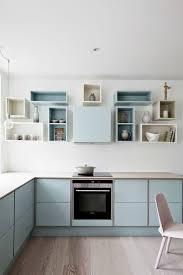 une cuisine bleu pastel pom gus