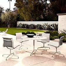 eames round dining table with universal base outdoor yliving