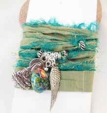 sari silk ribbon rug knit with sari silk ribbon would be amazing with darn