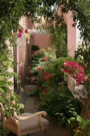 Ideas For Small Balcony Gardens by Best 25 Small Balcony Garden Ideas On Pinterest Balcony Garden