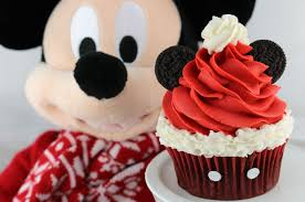 mickey mouse cupcakes mickey mouse santa hat cupcakes two