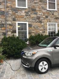 the electrek review the kia soul ev shows how easy it is to do