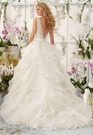 10696 best wedding dress images on pinterest wedding dressses