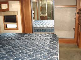 Drv Mobile Suites Floor Plans by Look At This Excellent 38 Foot 2006 Doubletree Mobile Suites 38rl3