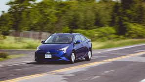 toyota makes 2016 toyota prius comprehensive review