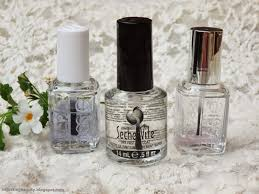 battle of the top coats seche vite essie good to go essie all
