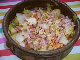 cuisiner les l馮umes d hiver salade tiède de légumes d hiver lardons parmesan et pignons