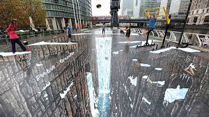 playing 3d street art painting