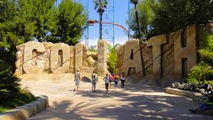 Six Flags Magic Mountain by 9 Not To Miss Six Flags Magic Mountain Attractions