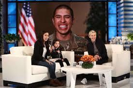 Hawaii Chair Ellen San Antonio Mom Child Stunned By Army Dad Reunion On Tv U0027s U0027ellen