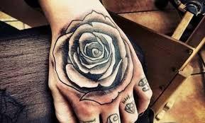 imagenes rosas tatoo tatuajes de rosas negras significado y recopilación de diseños