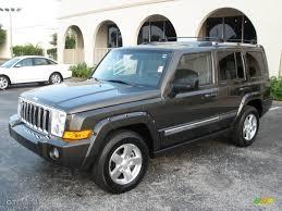 2006 dark khaki pearl jeep commander limited 7357428 gtcarlot