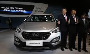 hyundai santa fe sport price in india auto expo 2014 hyundai launches 3rd generation santa fe price