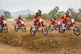 motocross racing videos 2017 geico honda and yoshimura transworld motocross