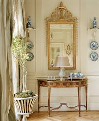 cathy kincaid blue and white monday with cathy kincaid interiors the pink pagoda