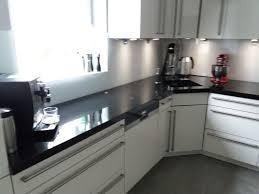 granit küche referenzen naturstein hotte granit arbeitsplatte fensterbank