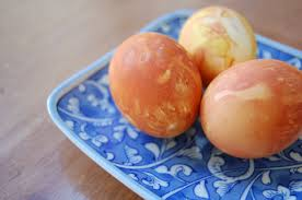 naturally dyed eggs in onion skins
