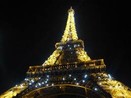 eiffel tower light show night light show very pretty picture of eiffel tower paris