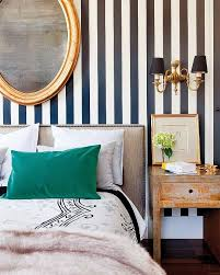 striped walls crushing on striped walls