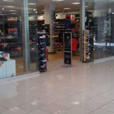 shopping mall in boise id boise towne square foot locker sporting goods 460 n milwaukee st boise id yelp