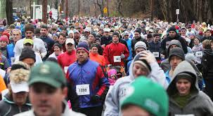 sandwich boosters step up to keep thanksgiving race alive