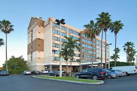 Comfort Inn Fort Lauderdale Florida Fort Lauderdale Comfort Suites Converting To Four Points By