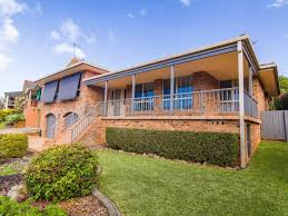 13 sapphire drive port macquarie nsw 2444 house for rent 560