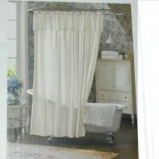 Long White Curtains Long White Curtain With Ruffle On The Bottom Also Brown