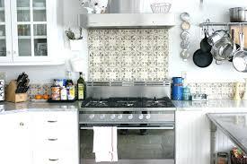 pictures of glass tile backsplash in kitchen square tile backsplash kitchen subway tile blue kitchen tiles square