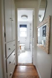 Decorating A Small Bathroom by Best 25 Mermaid Bathroom Decor Ideas On Pinterest Seashell