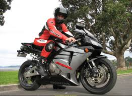 cbr 600 honda 2006 sportbike rider picture website