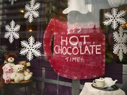 Christmas Window Decorations Chicago by Christmas Window Displays Another Thousand Words