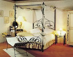 fer forgé chambre coucher cuisine teck mâ tente chambre à coucher avec lit baldaquin