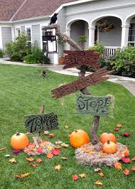 halloween signs for yard dave lowe design the blog 19 days u0027til halloween spooky sign
