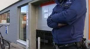 bureau de poste evere evere braquage au supermarché colruyt de l avenue des anciens