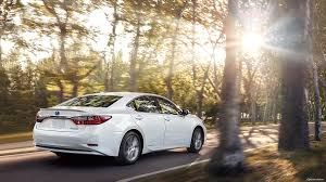 lexus hybrid how does it work 2018 lexus es luxury sedan lexus com