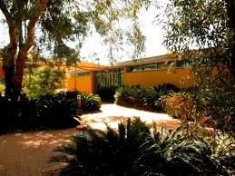 finding the best hotel for your visit to uluru