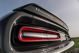 hellcat challenger 2015 2018 dodge challenger hellcat hpe1000 supercharged engine